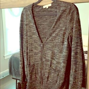 Black and white light weight sweater